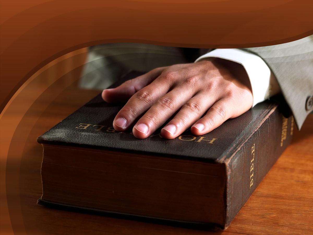 圣经背景的基督教PPT模板